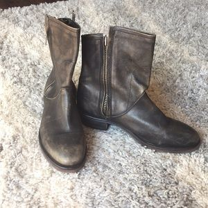 Genuine Black Distressed Leather Boots